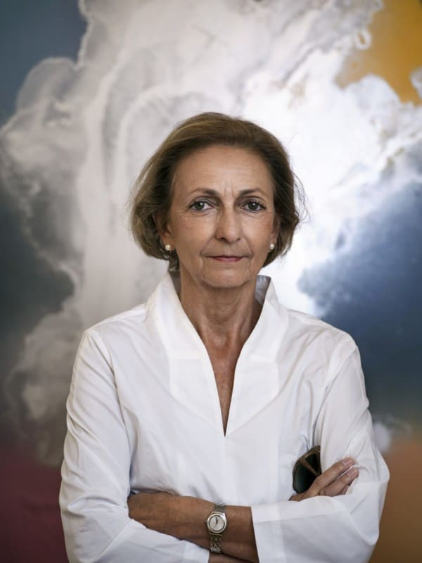 02 Team 600x800 - Dr. Margit Zuckrigl